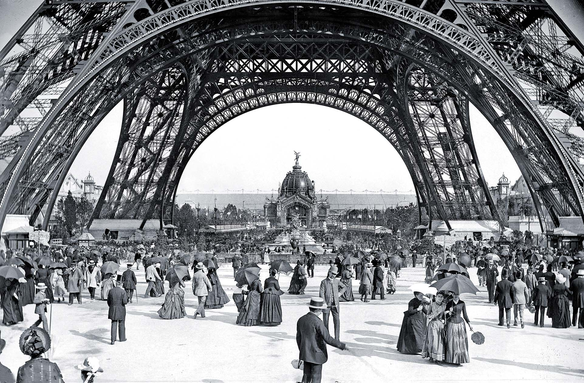 """In the decades following the collapse of the Commune Paris regained its status as the """"City of Light,"""" attracting American expats back to a rebuilt capital graced by Gustave Eiffel's tower. / Getty Images"""